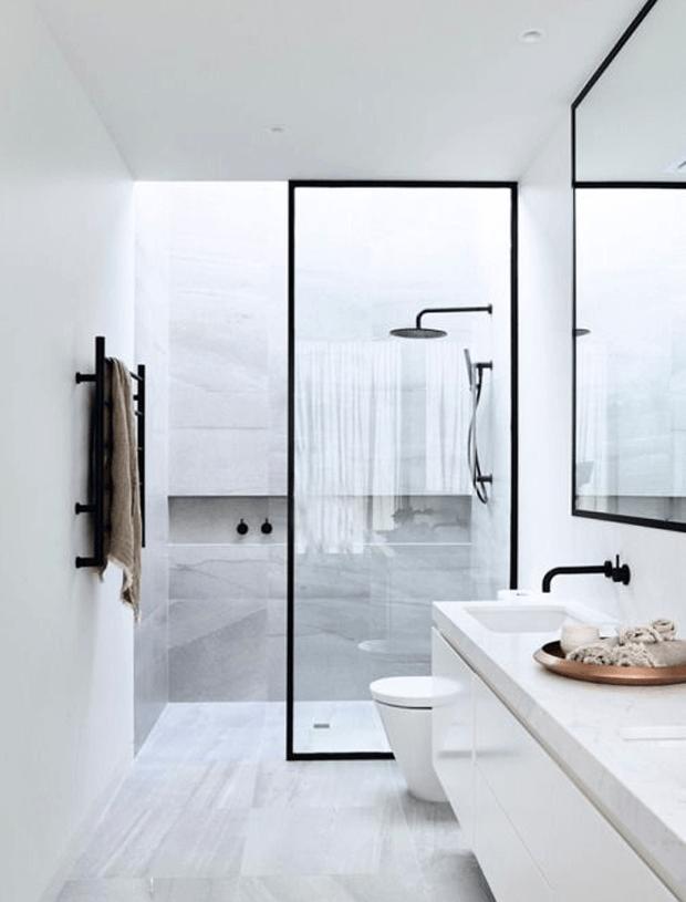 stalen deur badkamer